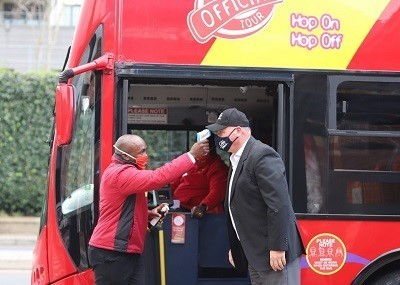 red_bus_covid-19